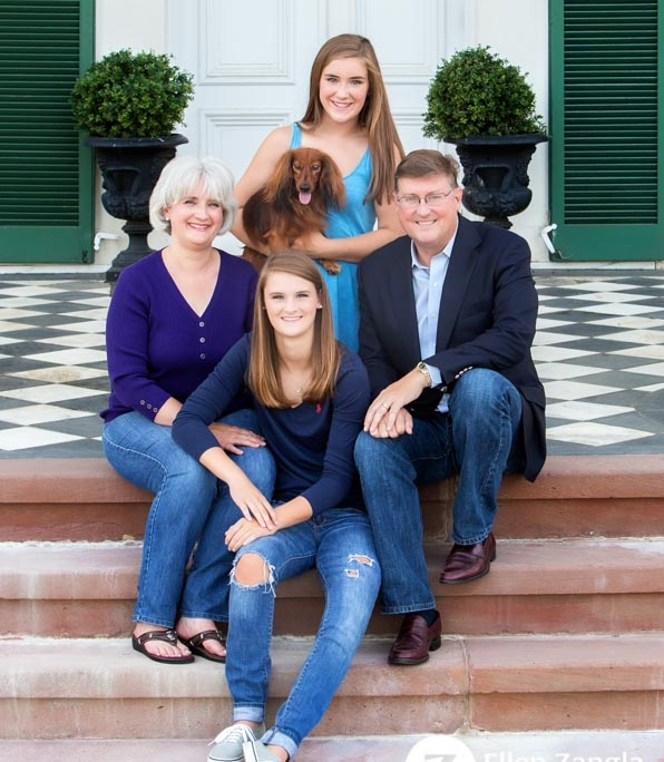 Photo of family with their dog in Leesburg VA by Ellen Zangla Photography