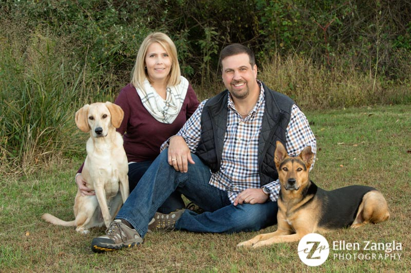 Photo of couple with two dogs taken by Ellen Zangla Photography in Loudoun County VA